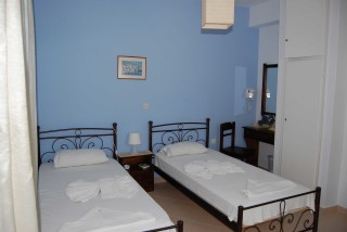 accommodation aegeon pension twin room